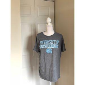 UNC Chapel Hill collegiate T-Shirt size L